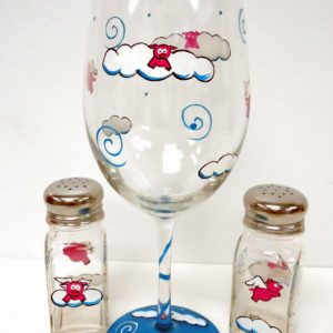 Flying Pig Wine Glass salt shaker gift set