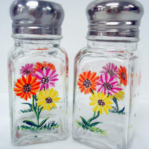 Gerber Daisy Salt and Pepper Shakers